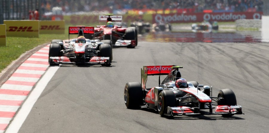 Button rages against Vettel's title stroll