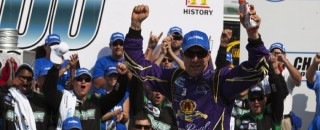 Kenseth, RFR Dominate Charlotte Nationwide Race