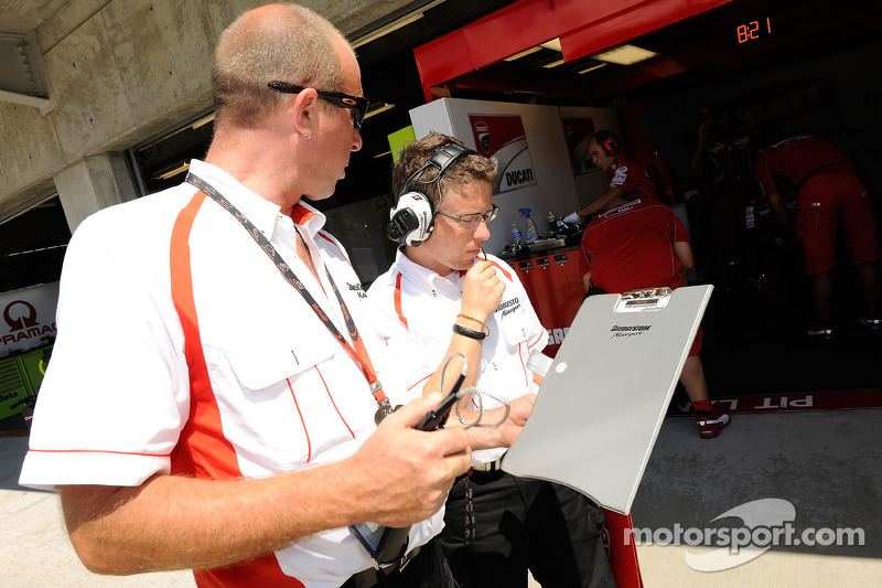 Bridgestone brings asymmetric rear for San Marino GP