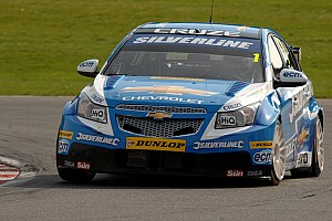 BTCC Plato lands the Brands Hatch II pole