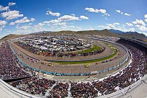 NASCAR Sprint Cup Series Phoenix test, day 1