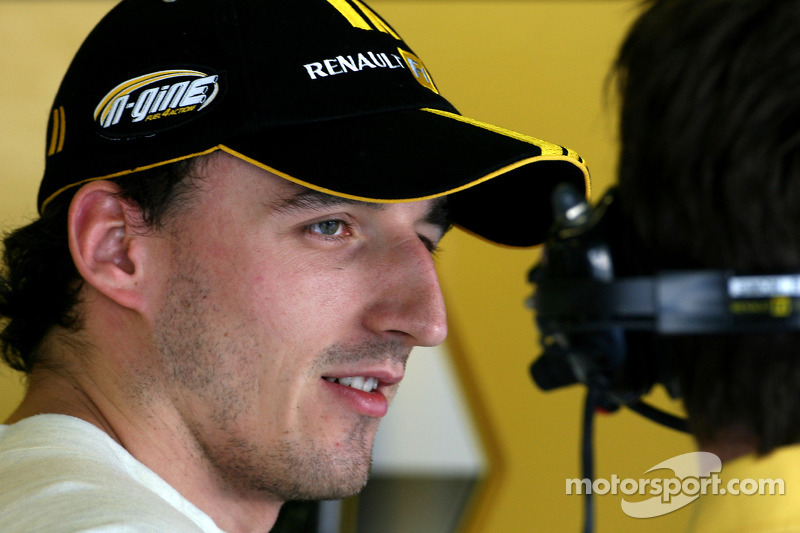 Kubica still 'a few months' from recovery - Ceccarelli