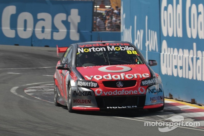 Whincup and Bourdais earn Gold Coast race 1 victory