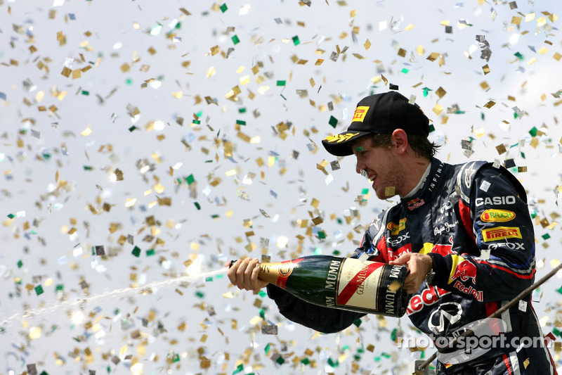 Ecclestone hopes Red Bull's dominance ends in 2012