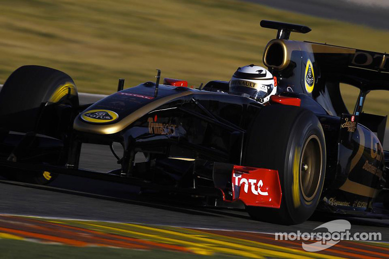Raikkonen ends first test on a high note to prepare for his return