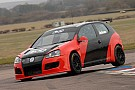 Jackson Gets First Taste of AmD Golf at Thruxton