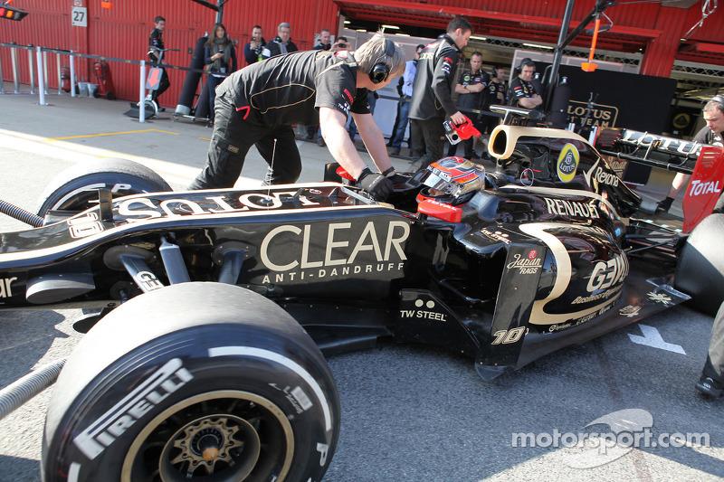 Lotus Barcelona test II -  Day 1 report