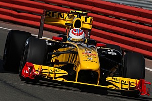 Pirelli to use 2010 Renault as new test car