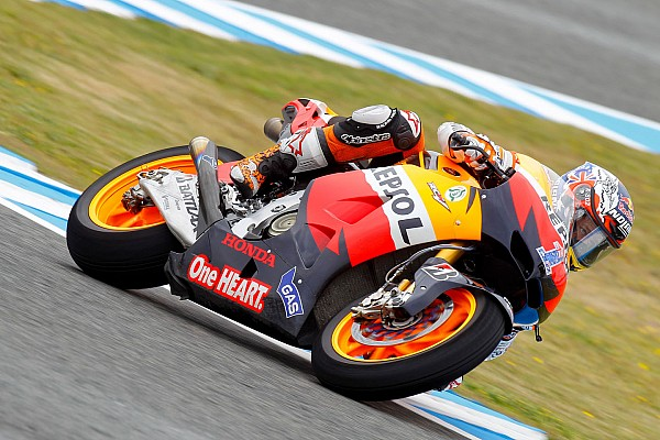 Stoner secures second victory of 2012 at Estoril