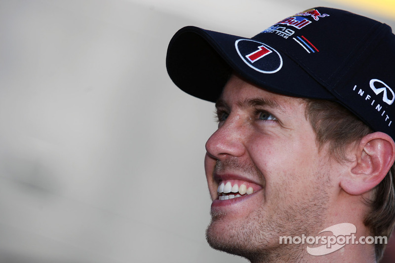 Vettel shrugs at F1's 'crazy' pecking order