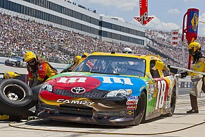 NASCAR Sprint Cup Kyle Busch suffers engine failure in Dover