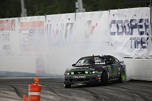 Formula Drift Race report Vaughn Gittin Jr. takes the Formula Drift round 4 win at Wall Speedway