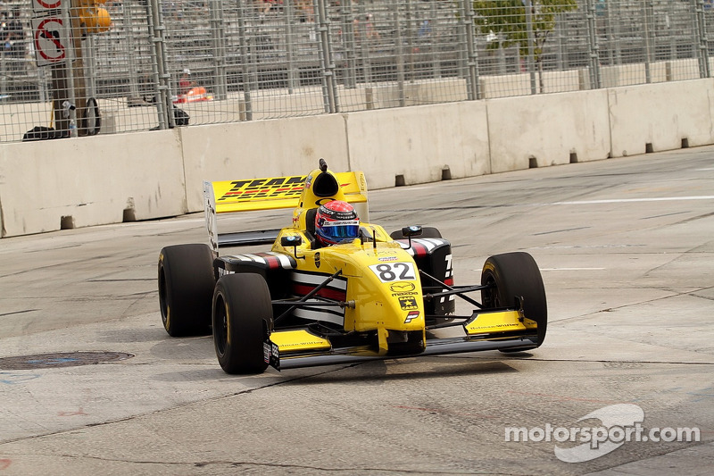 Team Pelfrey's Hawksworth wins on the streets of Trois-Rivieres