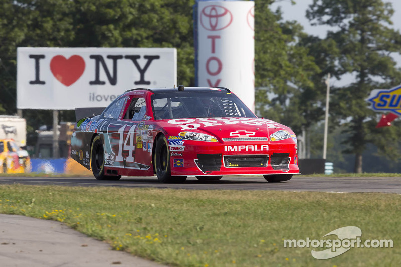 Late-race spin thwarts Stewart at The Glen