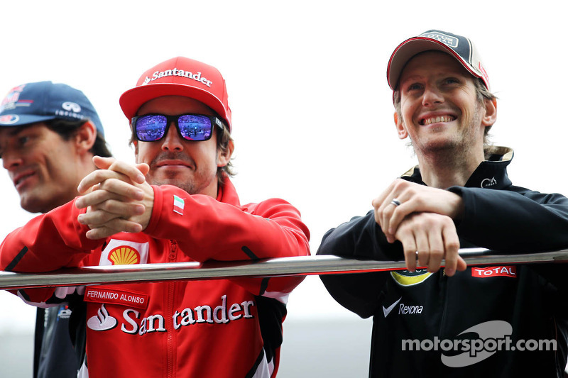 Grosjean apologised to Alonso by text message