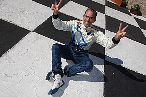Menu steals Sonoma pole position from Tarquini