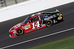 NASCAR Sprint Cup Preview Stewart seeks another October Surpise at Martinsville