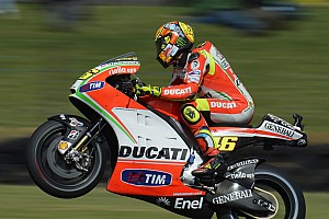 MotoGP Qualifying report Rossi qualifies on third row, Hayden tenth for Australian GP