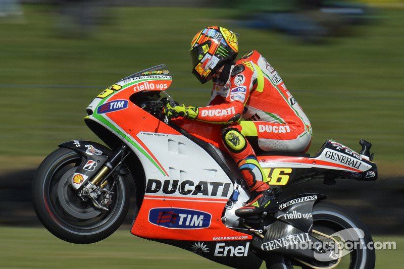 Rossi qualifies on third row, Hayden tenth for Australian GP