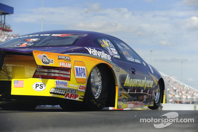 Nobile closes out 2012 on a high note at Pomona finale