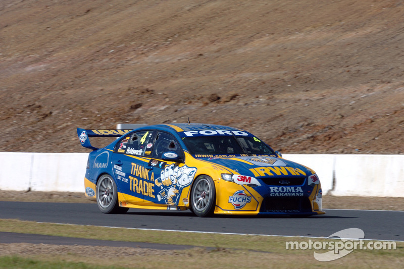 Lee Holdsworth grabs race 1 podium for IRWIN Racing