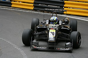 Eriksson just outside the top ten after Macau Grand Prix charge