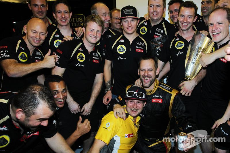 Lotus waiting to pay staff, Raikkonen - report