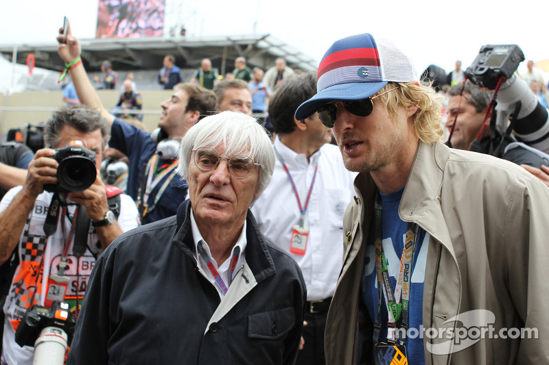 F1 owners could oust Ecclestone over bribery charge