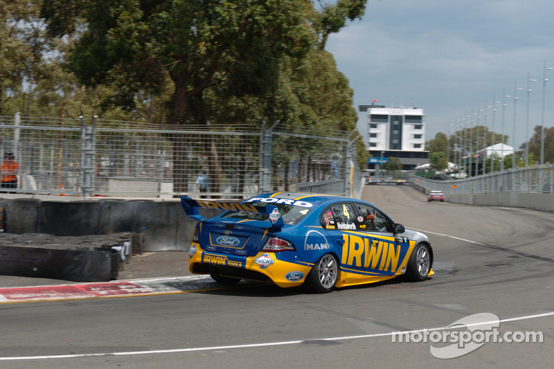 Very short afternoon in Sydney for IRWIN Racing