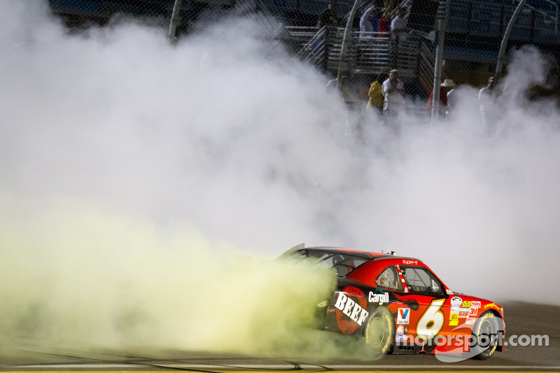 Top moments of 2012, #18: Stenhouse takes two titles under new rule