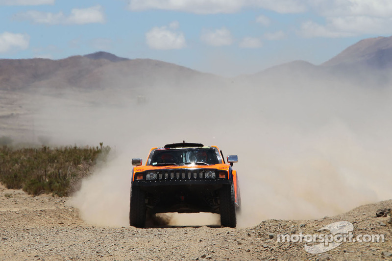 Gordon and Walch placed the Hummer third in stage 7