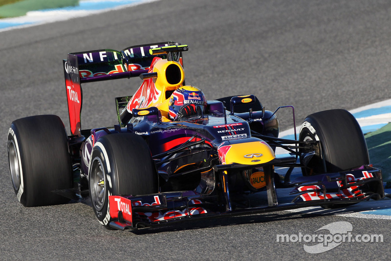Infiniti Red Bull Racing RB9 makes track debut
