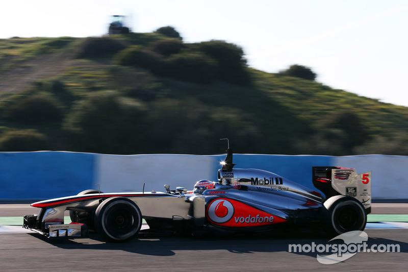 Button stuns rivals with Jerez pace