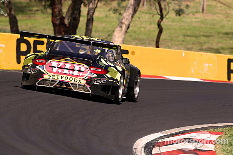 Pirelli makes successful Australian GT debut