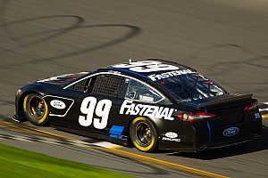NASCAR Sprint Cup Practice report Edwards moves to backup after Daytona Unlimited practice crash