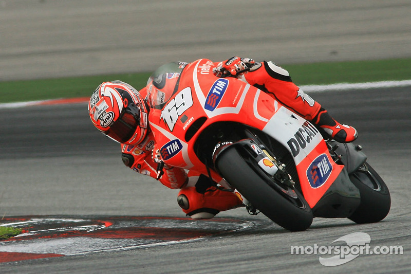 Positive second day for Ducati Team at Sepang