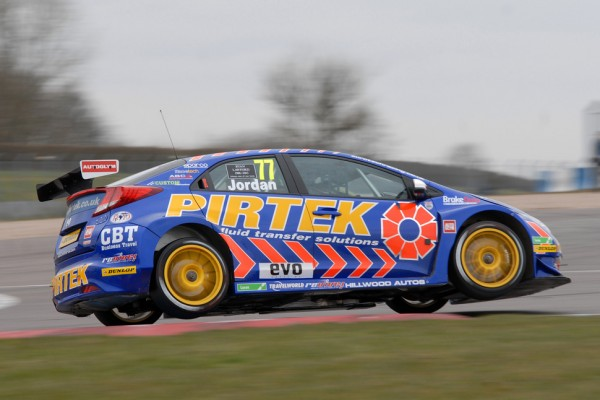 Pirtek's Jordan claims pole at snowy Brands for season opener