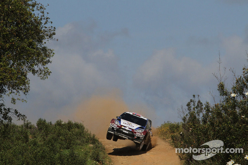 Østberg rolls from Rally de Portugal lead on leg one
