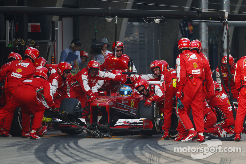 Alonso wins the Chinese GP using a three-stop strategy - Pirelli