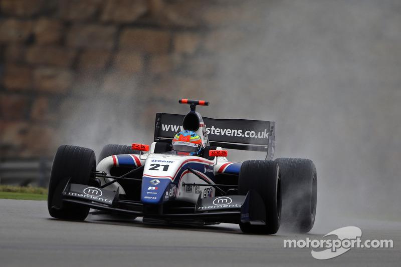 Will Stevens delivers sensational podium finish at Motorland Aragon