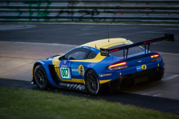 Strong start to Aston Martin's Nürburgrin​g 24 Hours charge