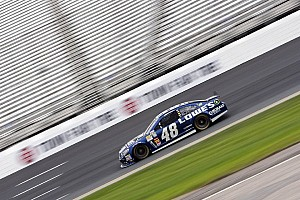 NASCAR Sprint Cup Commentary Last-place start too much for Jimmie Johnson to overcome