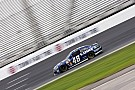 Last-place start too much for Jimmie Johnson to overcome