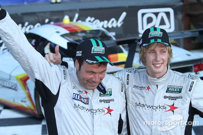 Brendon Hartley wins race at Road America