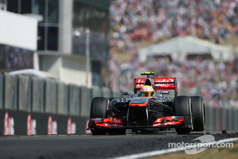 Perez admits McLaren has made progress in 2013