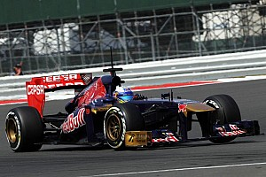 'Very high' stakes as Ricciardo eyes Red Bull - Tost