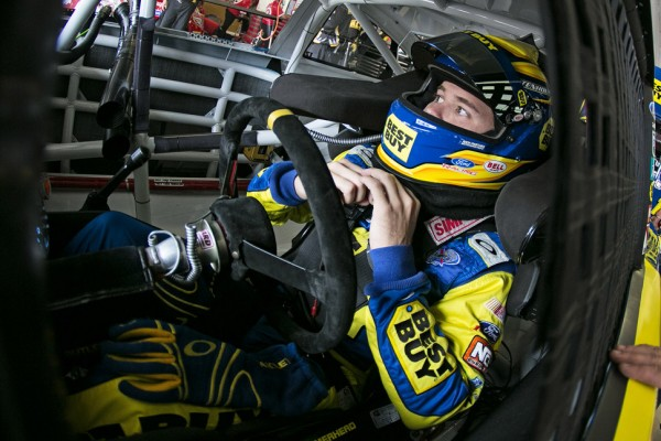 Stenhouse grabs his maiden NSCS pole at Atlanta
