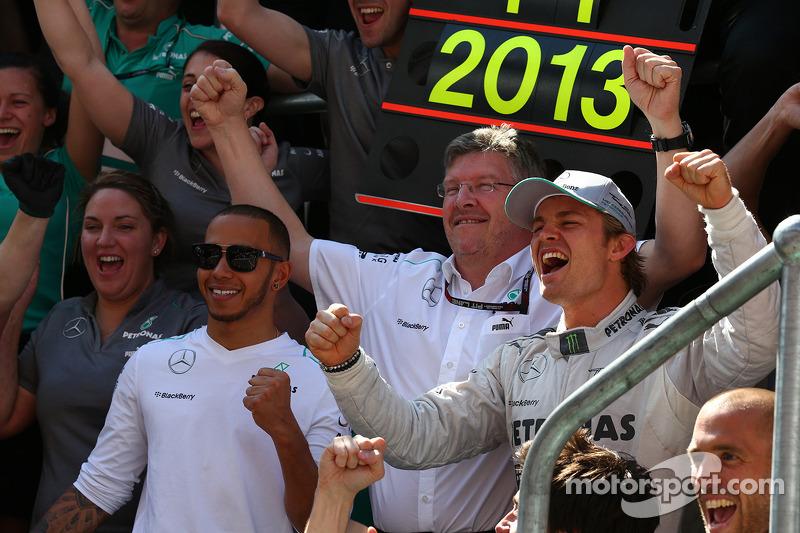 Mercedes denies Brawn's team exit decided