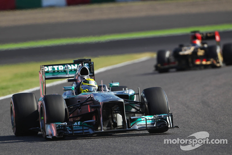 Lewis Hamilton and Nico Rosberg qualified in 3rd and 6th places for the Japanese GP