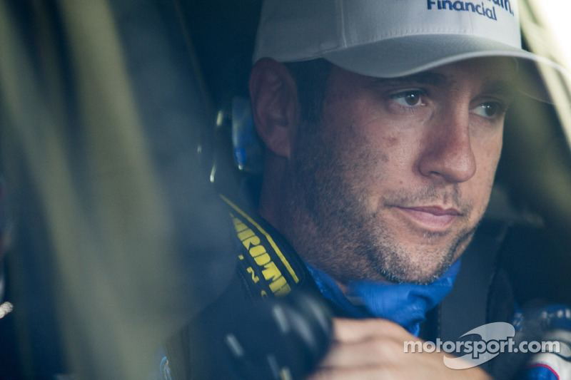 JGR's Sadler to sub for MWR's Vickers